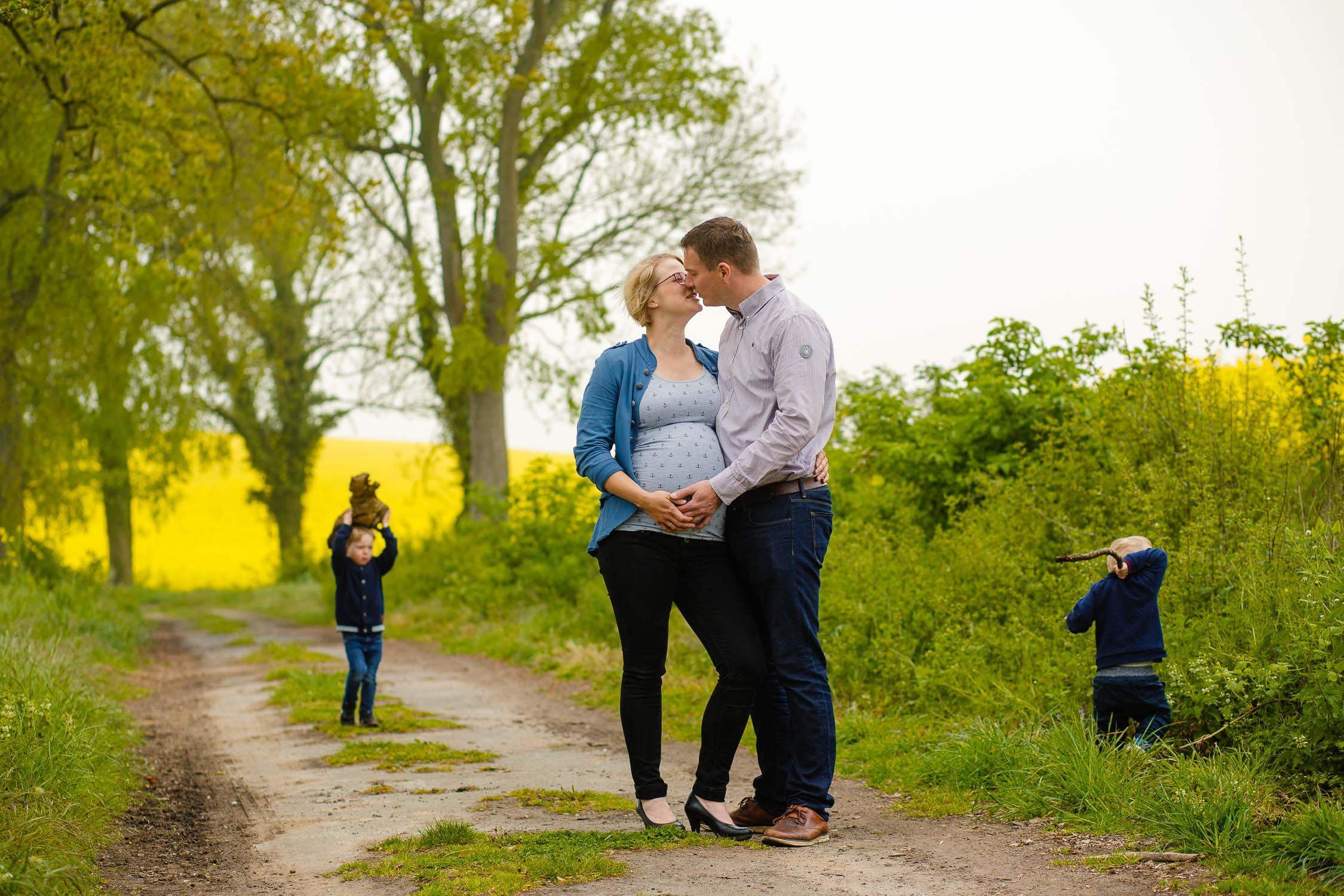 Babybauchshooting im Rapsfeld 28