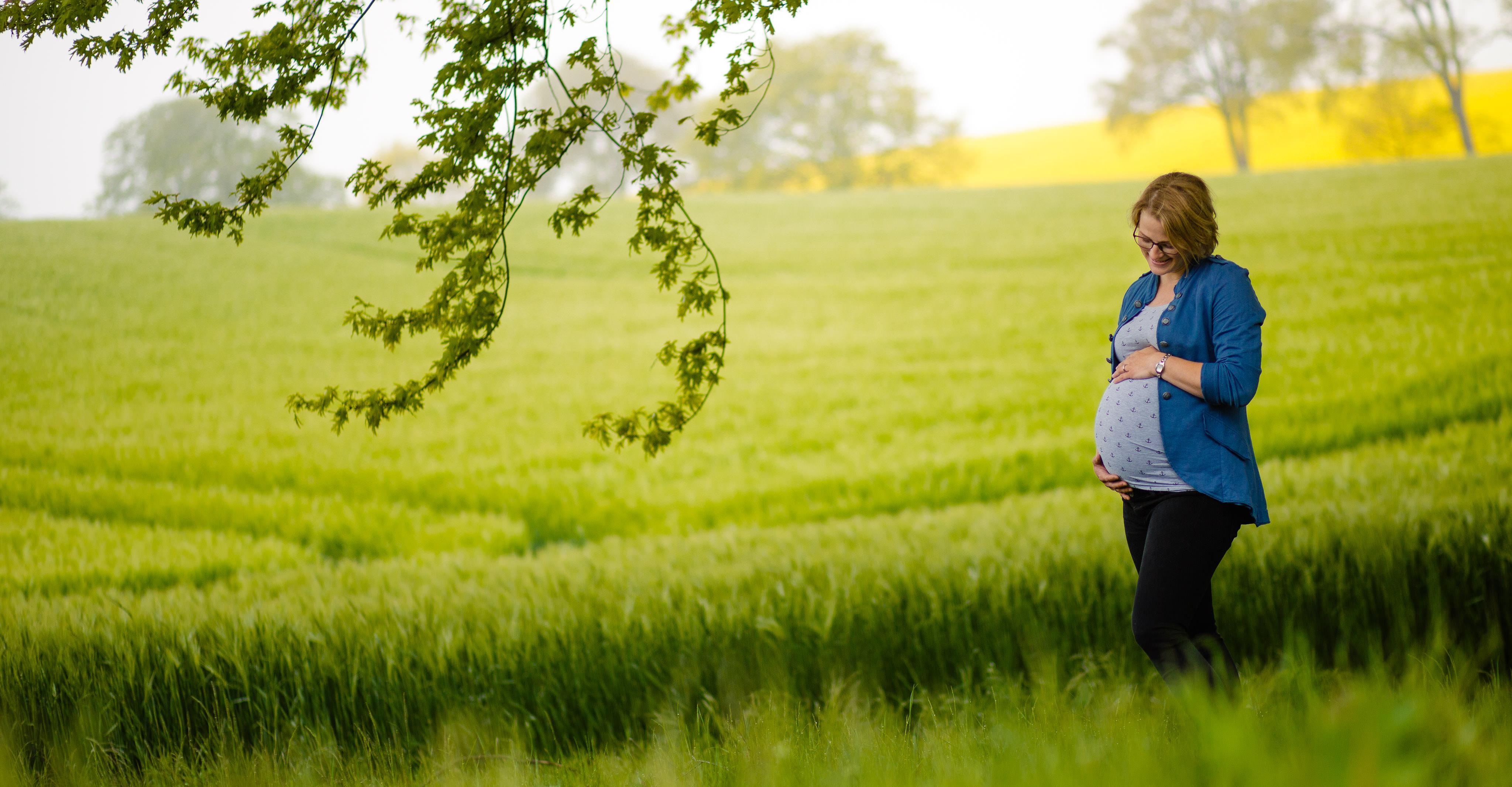 Babybauchshooting im Rapsfeld 16