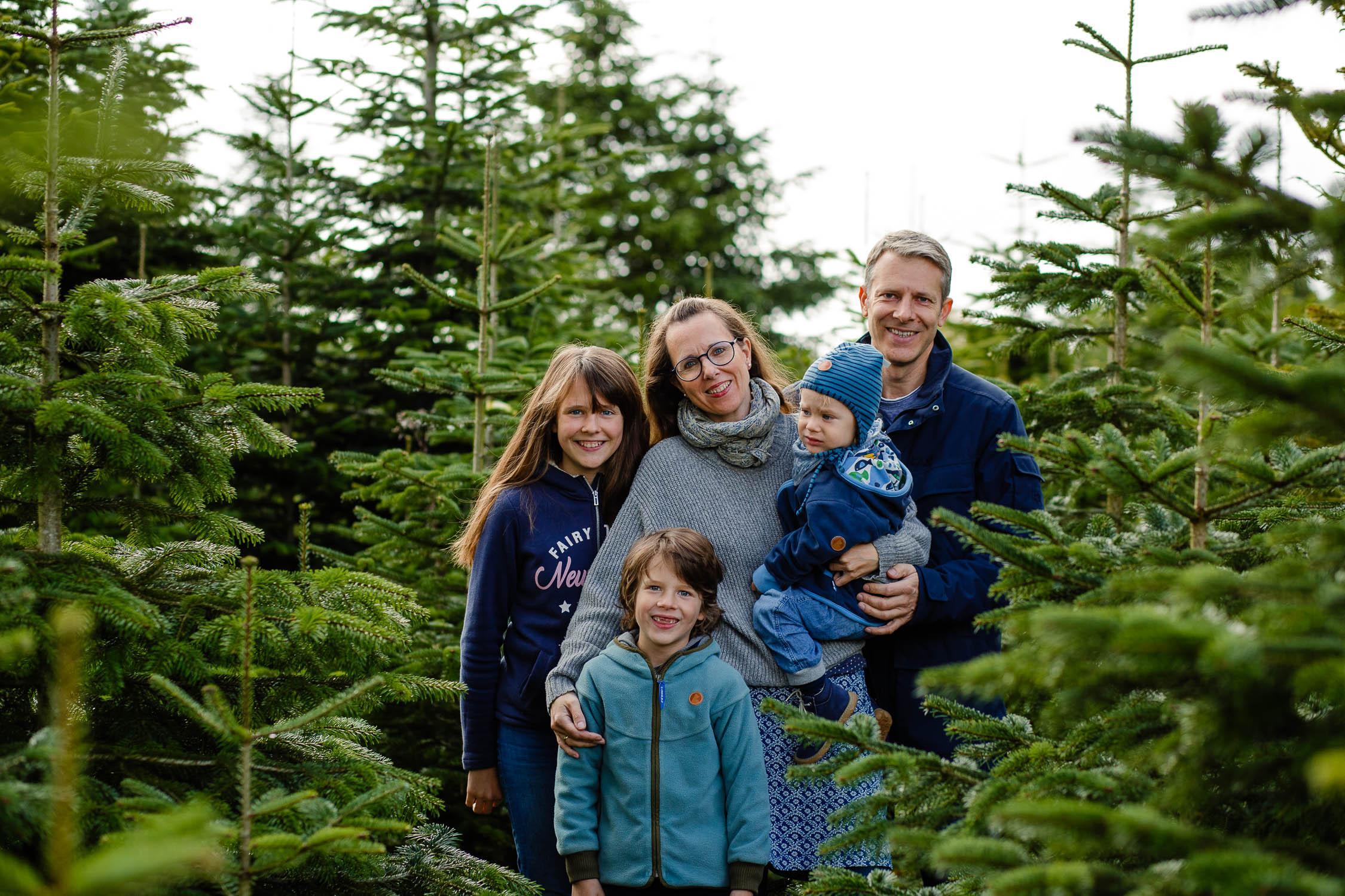 Weihnachtsfotoshooting mit Tanjas Familie 20